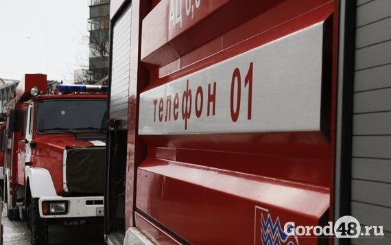 Хутор Копанский. Хотел покурить – спалил грузовик.