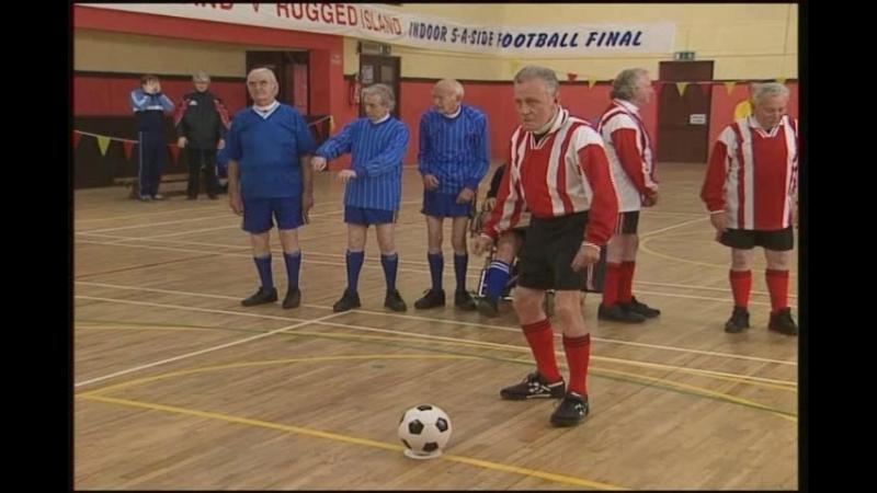 Футбольный матч, святых отцов.(Отрывок из сериала Отец Тед).