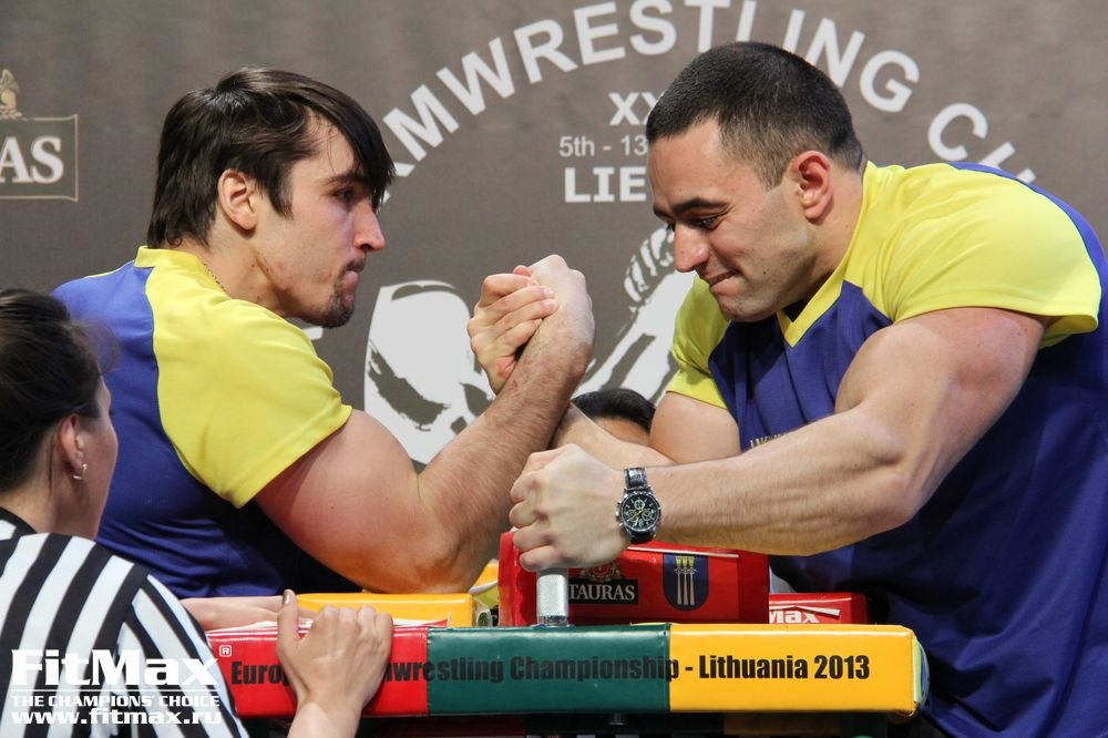 Ievgenii Prudnyk vs. Rustam Babayev -85kg right final │23rd European Armwrestling Championships 2013 EuroArm