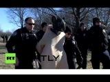 Гигантскую крысу арестовали на митинге против ГМО