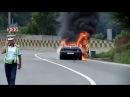 Самовозгорание машины на трассе(Румыния) 25.06.2014г(Spontaneous combustion machine)