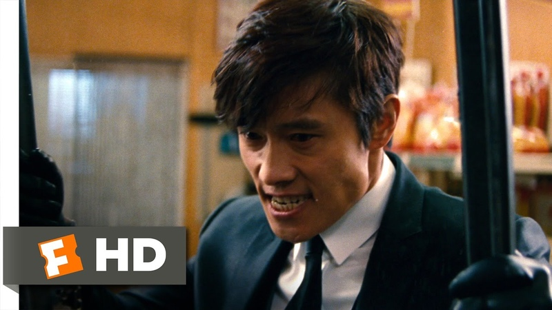 Red 2 (7/10) Movie CLIP - Convenience Store Fight (2013) HD