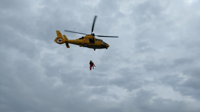 Взаимодействие с вертолётом в Северном море 31.12.2017