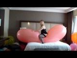 Beautiful Looners - Jessy and Mary popping the gl (Non pop) Frankfurt am Main (Germany) trailer