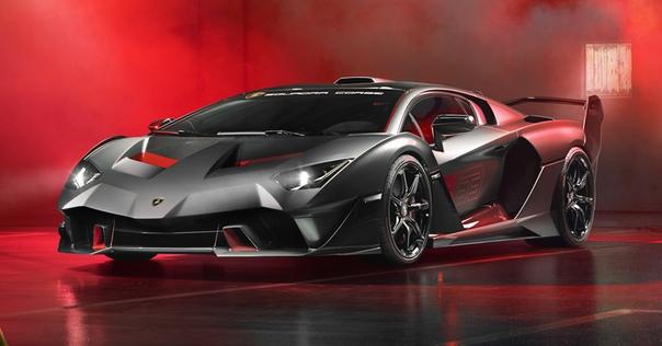Построено уникальное купе Lamborghini SC18 Фото: компания LamborghiniКомпания Ferrari еще десять лет назад запустила программу Special Projects, в рамках которой отдельное подразделение