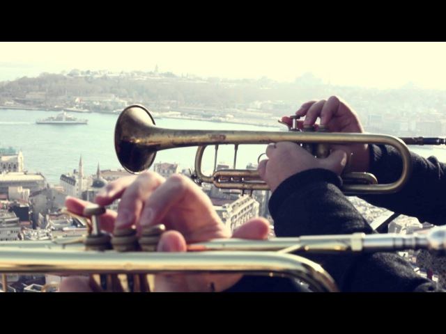 ISTANBUL POPS (featuring Ismail Lumanovski) - Gonna Fly Now