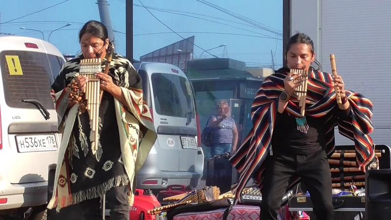 Dance of the iron horse Музыка индейцев Inty Pakarina Alpa Ecuador Spirit
