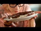 Два с половиной повара. Выпуск 1: салат с креветками и сыром камамбер с невероятно вкусной и оригинальной заправкой, настоящие ребра барбекю и секреты приготовления торта Птичье молоко!