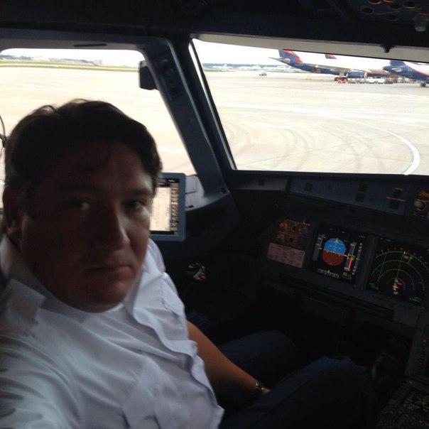 """В Казани самолет """"Аэрофлота"""" задержали на шесть часов из-за того, что его пилот был пьян. И пока вы пытаетесь выдохнуть и ещё раз осмыслить написанное, мы расскажем историю с самого начала."""