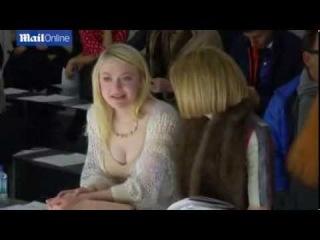 Dakota Fanning and Anna Wintour hold court at Rodarte show