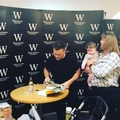 Gary Barlow on Instagram Time lapse of the signing yesterday @piccadillywaterstones thanks again for everyone who came #abetterme
