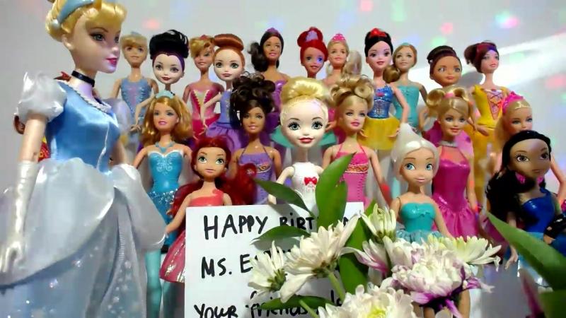 Куклы Барби и Принцессы Диснея ТВ Концерт на День Рождения Бабушки Ютуб Эстер Вой Часть 5 19 Подружка Викей выбирает песню