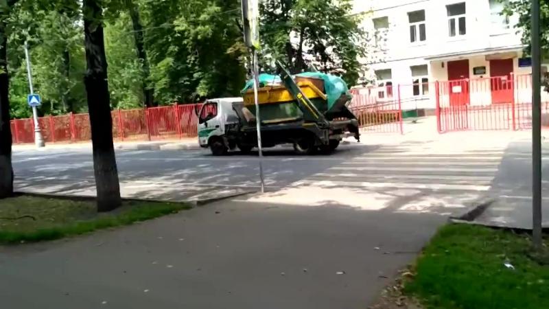 Секретная свалка. На заводе в Москве нашли горы мусора