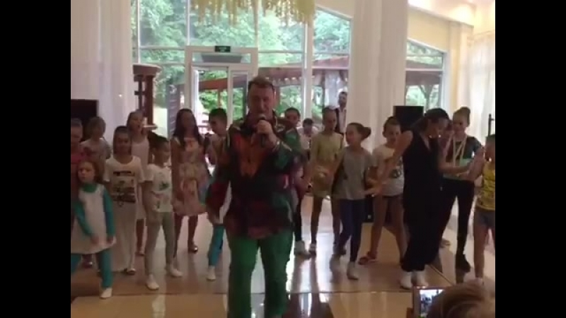 Концерт посвящённый дню знаний! Выступали артисты из школы Джига Дрыга и Школы Сергея Пенкина.
