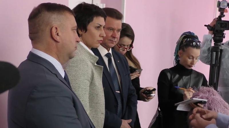 Представители Совета Федерации посетили областную детскую больницу