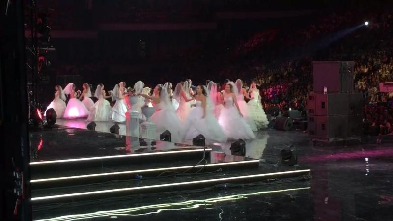 Прекрасные невесты в Олимпийском смотреть онлайн без регистрации