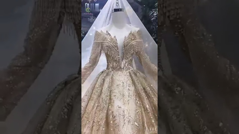 Queen Gown Incomparable Beauty