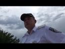 Ряженый Полицейский в патруле