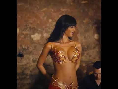 Didem Kinali - Sexy and Hot Belly Dancing