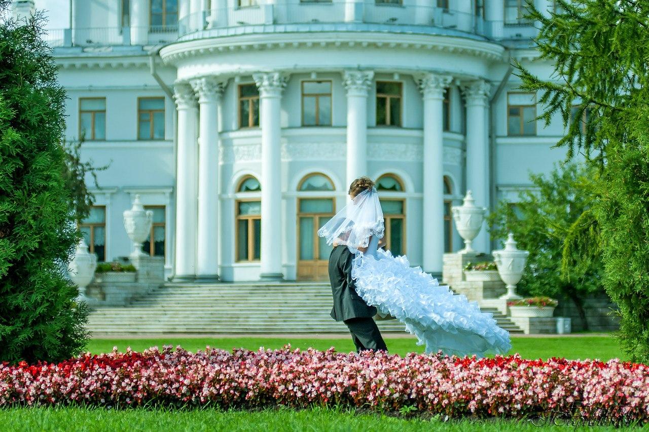 Свадебные фотосессии и съемка Love Story в СПб