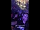 Кортни с друзьями на концерте Джесси Маккартни в Лос-Анджелесе (250718)