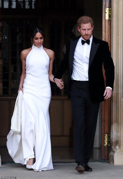 Долой все королевские правила: Меган Маркл планирует домашние роды в Виндзоре Жители Лондона могут лишиться шанса увидеть первенца Меган Маркл и принца Гарри в день рождения малыша, потому что