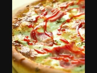 Pizza 4 1x1 60s.mp4