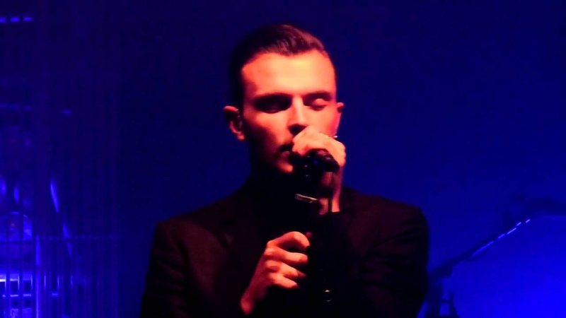 Hurts - Confide in Me live Dot to Dot festival Manchester 30-05-11