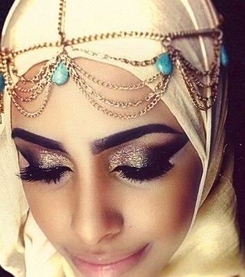 Смотреть арабские девушки, как ебут студенток саратова фото