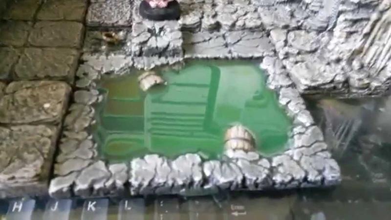High gloss water tile