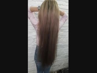 низкий пучок на очень длинные волосы