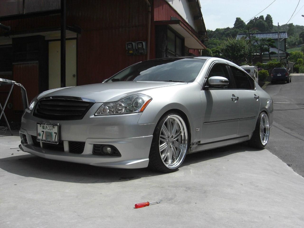 Nissan Fuga Impul 2010