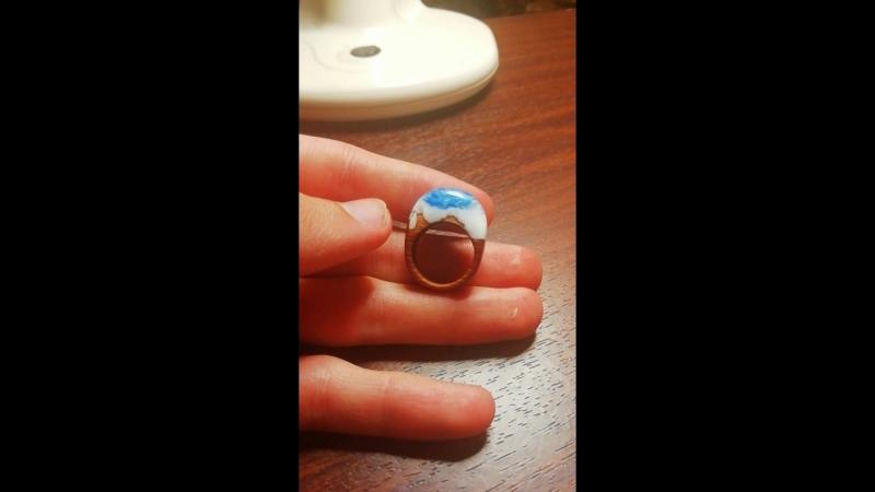 Женское кольцо, 17,5 размер / можжевельник