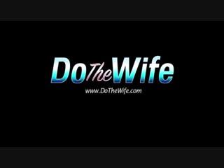2Белый куколд собрал ртом сперму негра с писи жены и передал