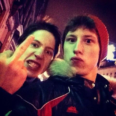 【画像】ウラジスラフ・タラセンコ、リプニツカヤさんとイチャつく [転載禁止]©2ch.net->画像>89枚
