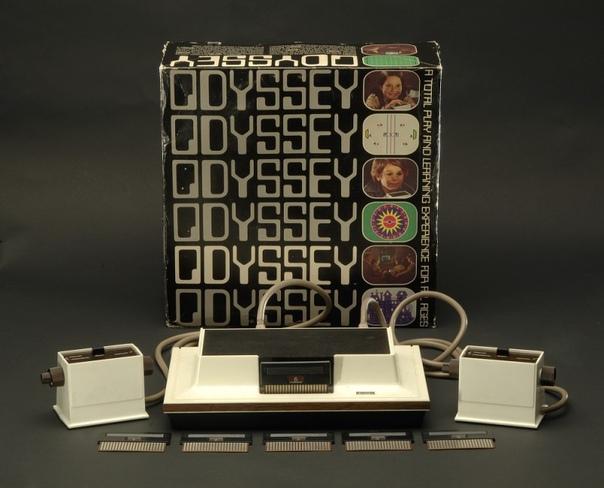 Magnavox Odyssey  первая в мире игровая телевизионная приставка была выпущена в 1972 году