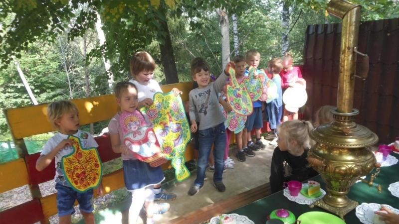 Этнография в поделках Детский сад и школа Лисенок