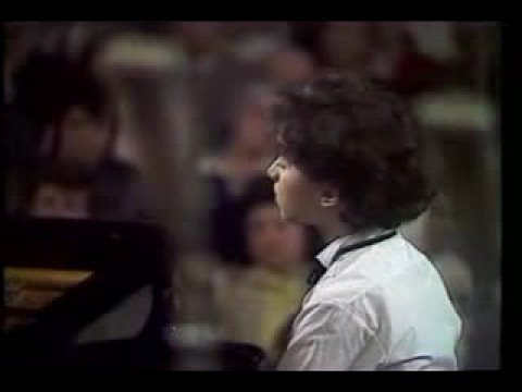Evgeny Kissin - Chopin_Concerto_1 (13 years old) CORRECTED SOUND