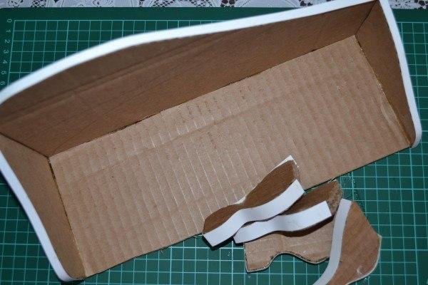 Как сделать диван для кукол своими руками из картона
