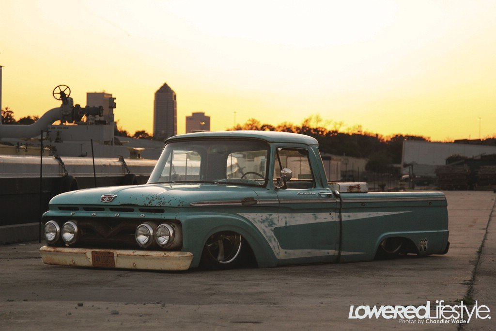 Pair of Old School Fords [pics] | Retro Rides