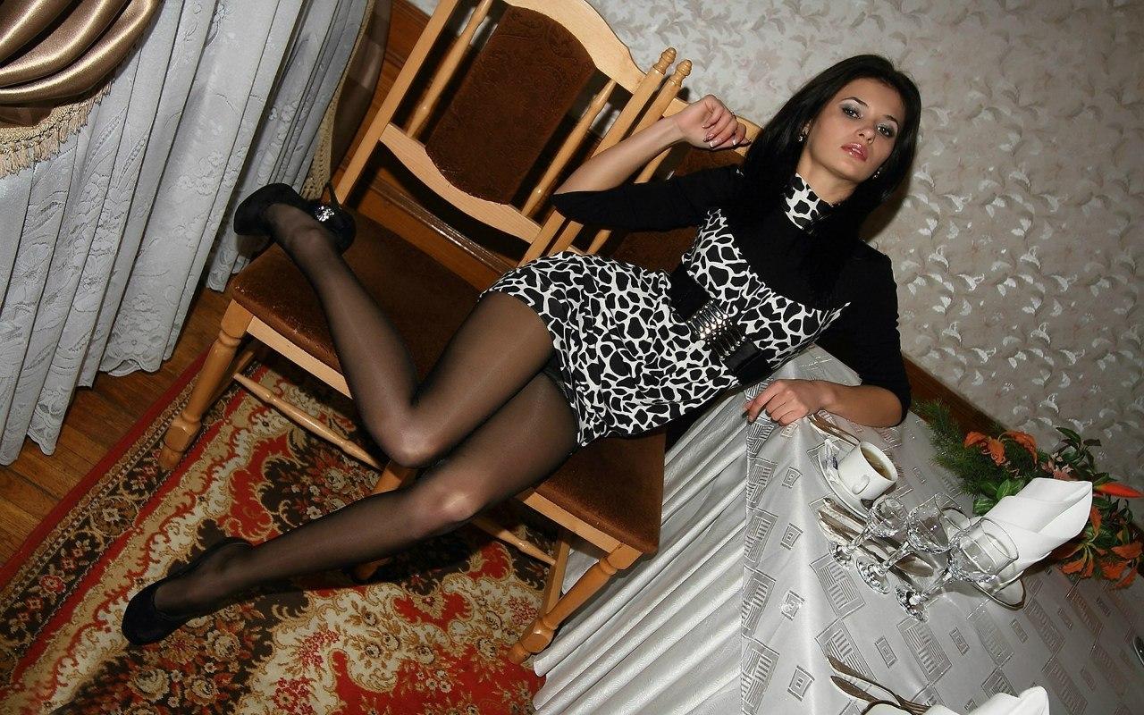 Фото женщин в капроновых колготок 25 фотография