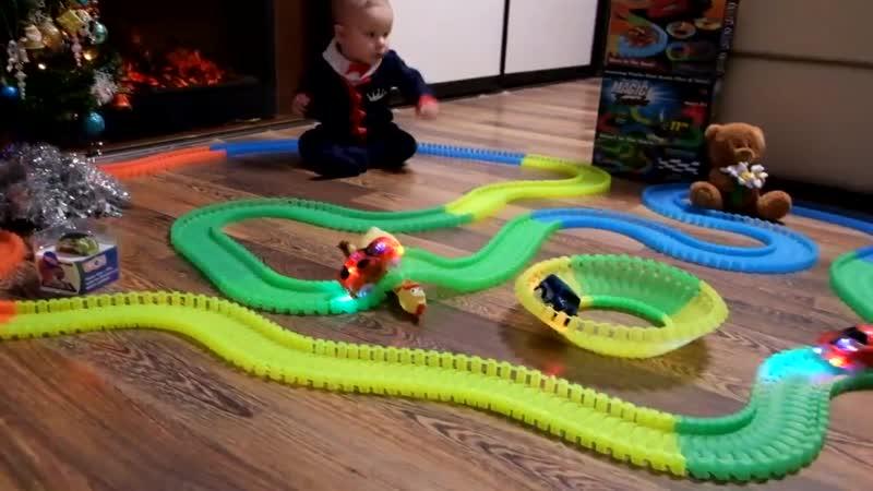 Гоночная гибкая трасса Magic Tracks