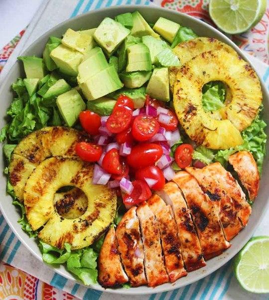 24 простых и полезных обеда, которые удобно захватить на работу: ↪ Для тех, кто устал от фастфуда.
