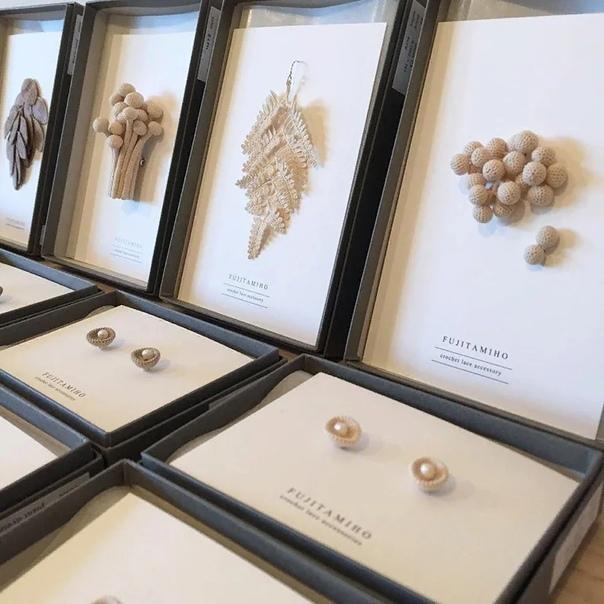 Двадцатидевятилетняя мастерица Михо Фьюджита точно знает, что может вдохновить ее на 100% природа родного города Катагами в японской префектуре Акита Местные папоротники, мхи, лишайники, грибы,