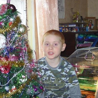 Влад Кириленко, 20 января 1998, Макеевка, id194137007