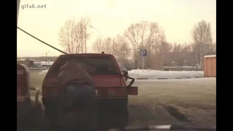 Американцы сделали экзоскелет, позволяющий в одиночку поднять автомобиль. Бесспорно, крутая штука. Но нашим он не нужен!