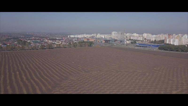 Это реальное вспаханное поле, фото ниже не фотошоп ))