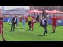 Ronaldo participa de evento na Rússia ao lado de Putin