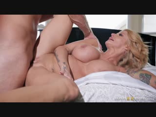 Brazzers.com] joslyn james - sneaky mom, clueless dad [2018-11-07, big tits, blonde, cheating, step-mother, tattoos, wife, milf,