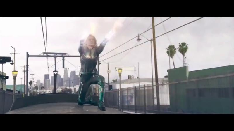 Капитан Марвел против Таноса